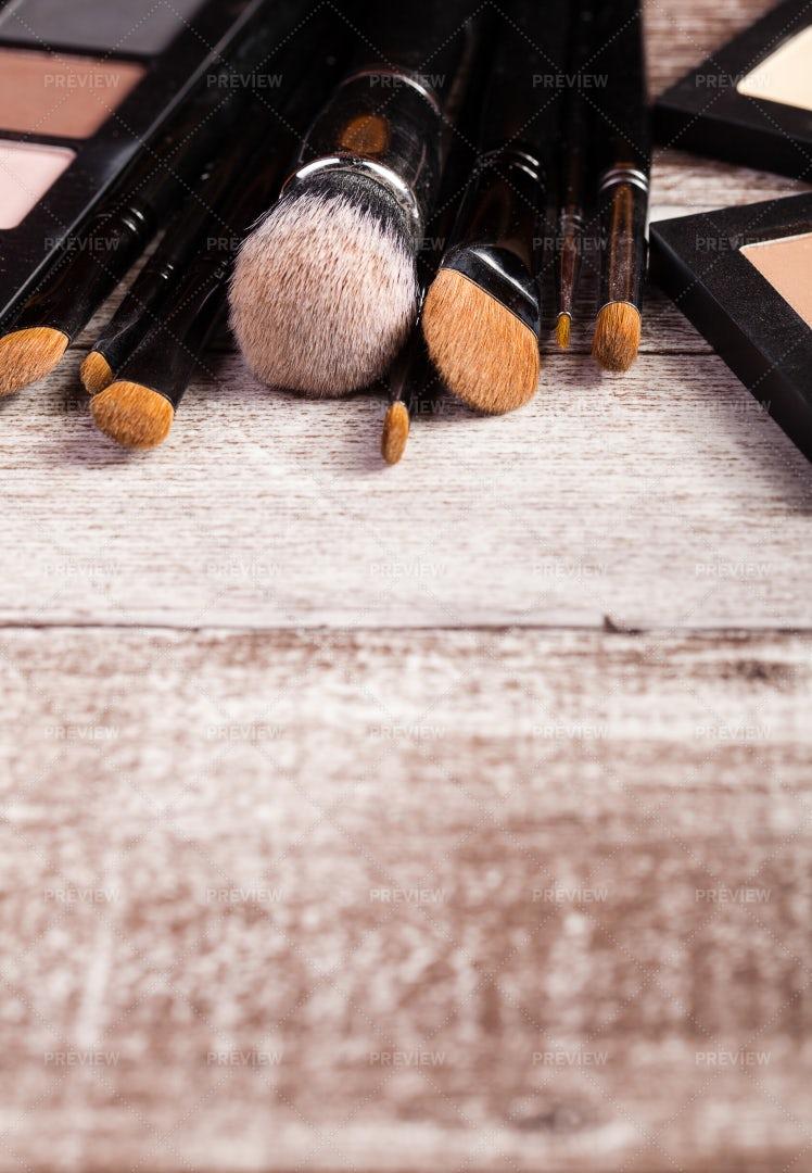 Makeup Brushes On Wood: Stock Photos
