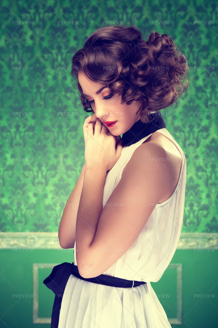Woman With Vintage Style: Stock Photos