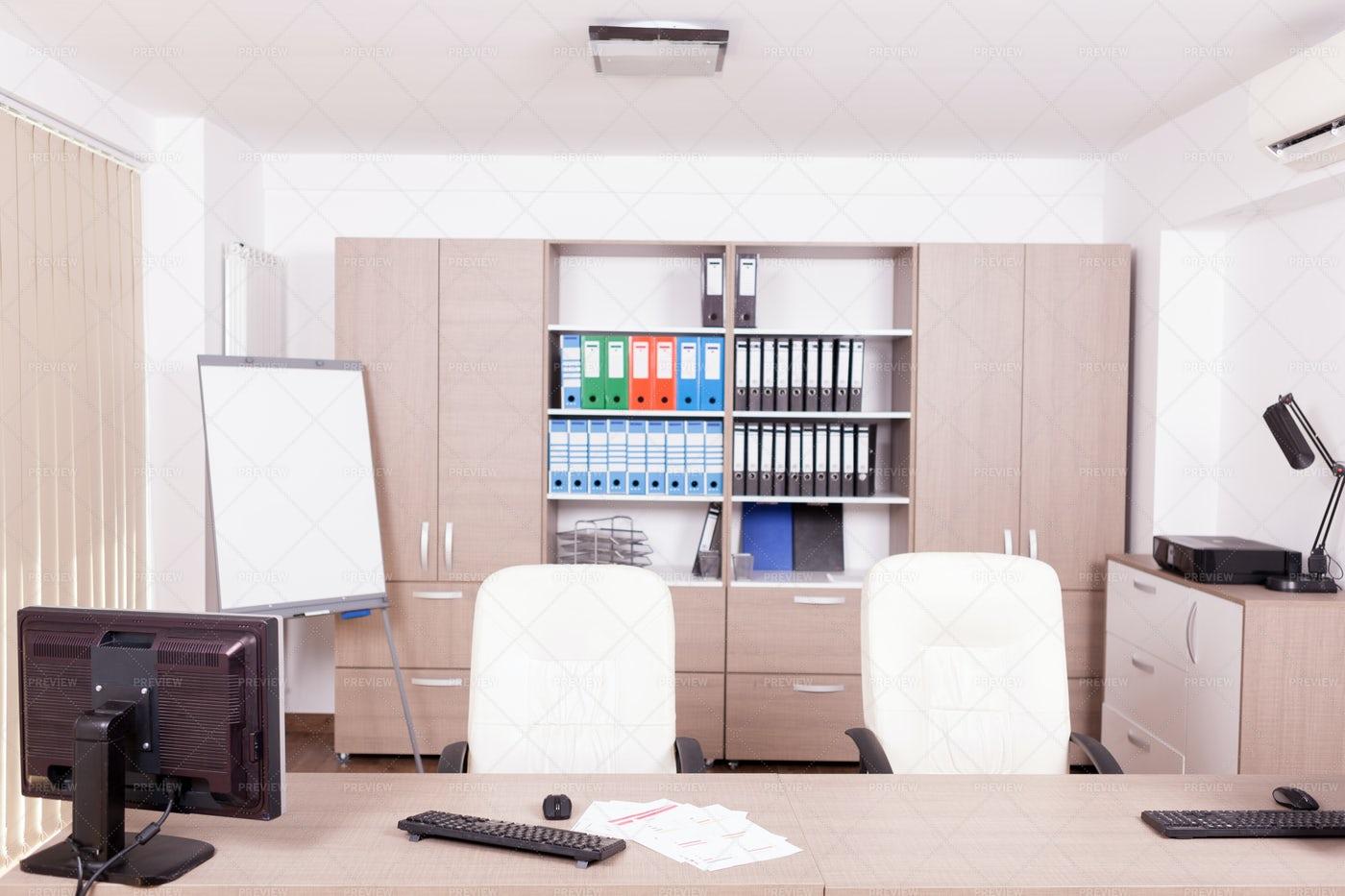 An Empty Modern Office: Stock Photos