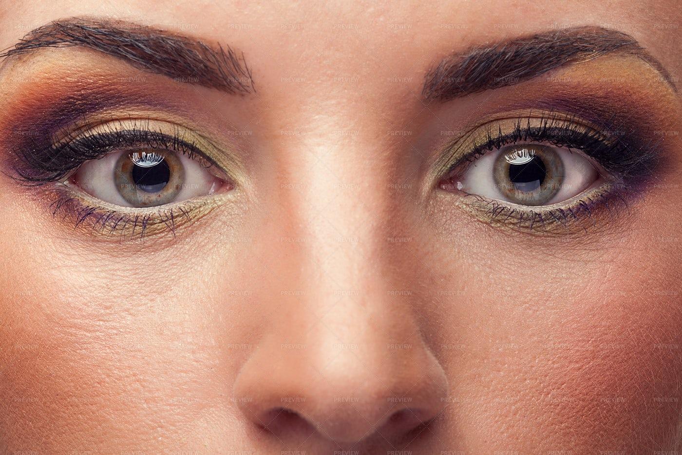 Woman Wearing Eye Makeup: Stock Photos