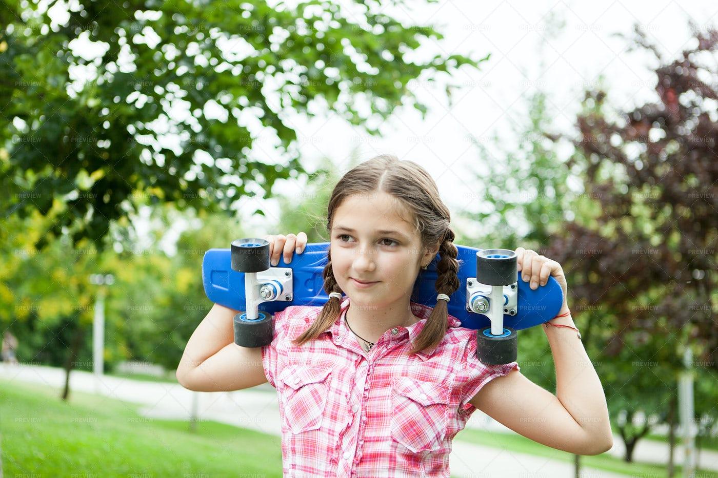 Skater Girl At The Park: Stock Photos