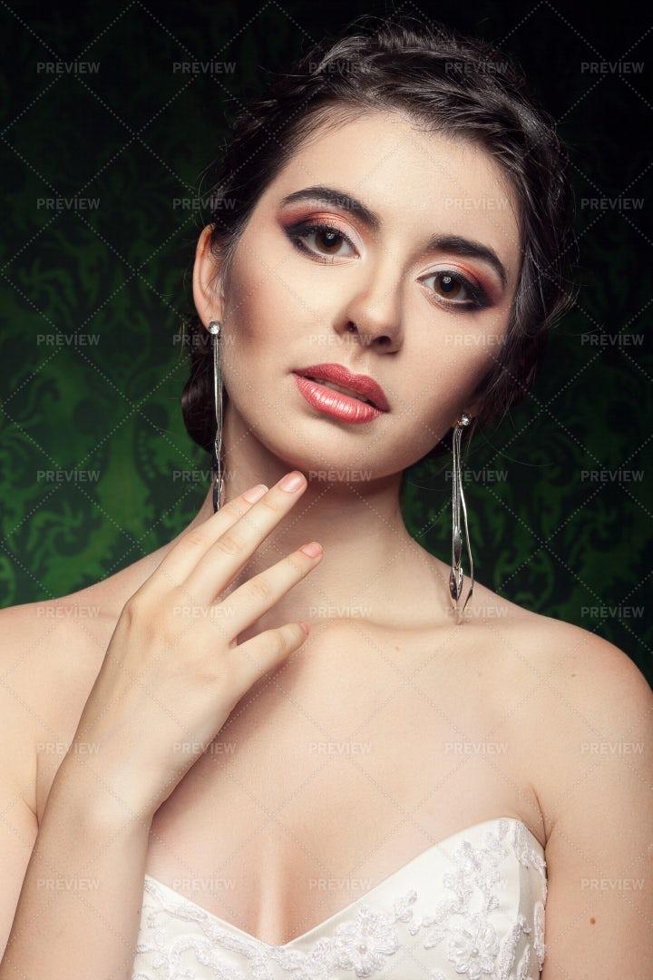 Portrait Of A Bride: Stock Photos