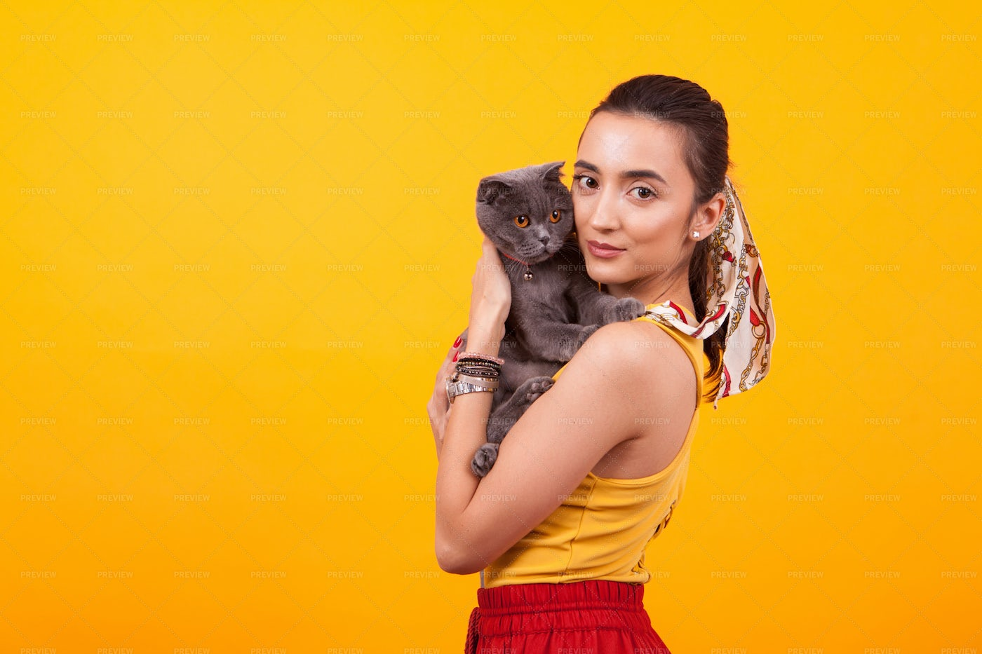 Young Girl With Cat: Stock Photos