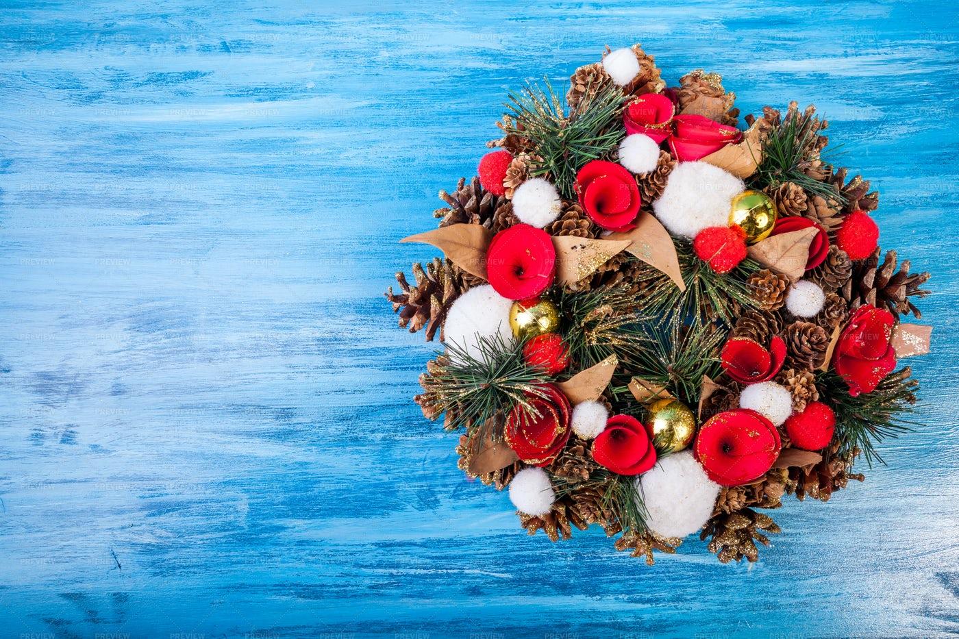 Christmas Wreath On Blue Background: Stock Photos