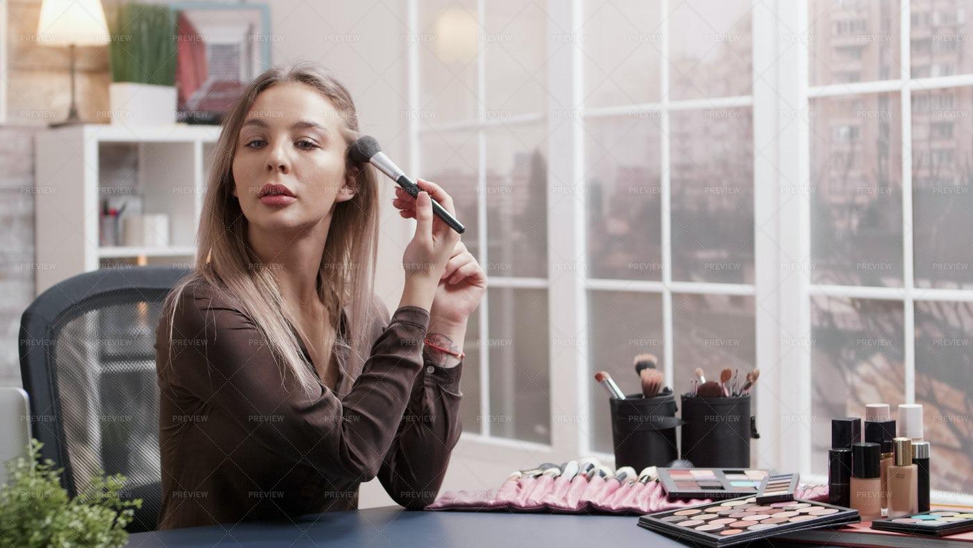 Putting On Makeup: Stock Photos