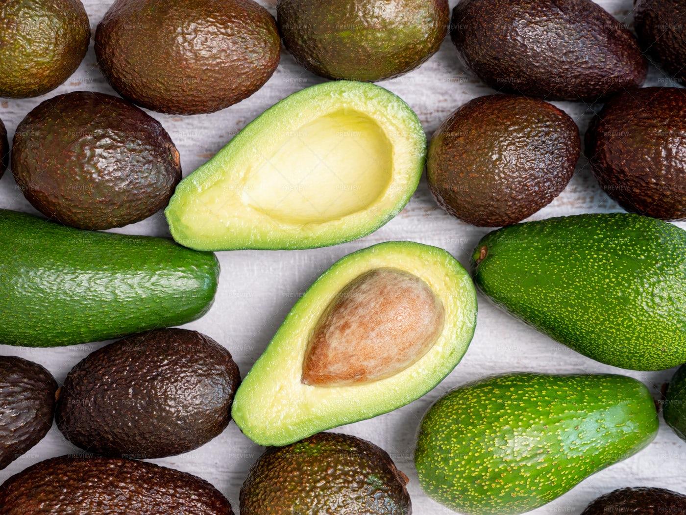 Two Halves Of An Avocado: Stock Photos