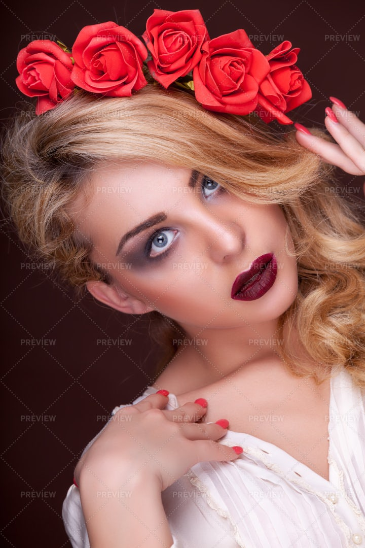 Sensual Woman: Stock Photos