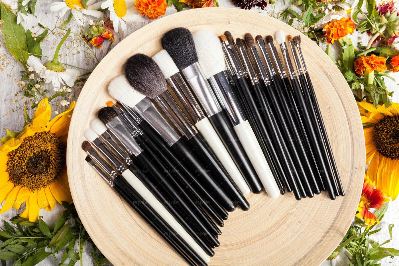 Plate Of Makeup Brushes: Stock Photos