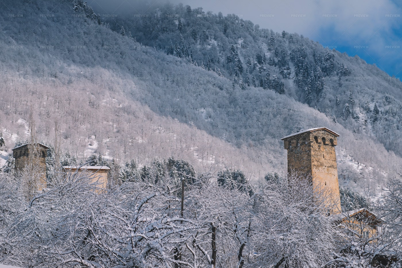Old Mountain Village In The Winter: Stock Photos