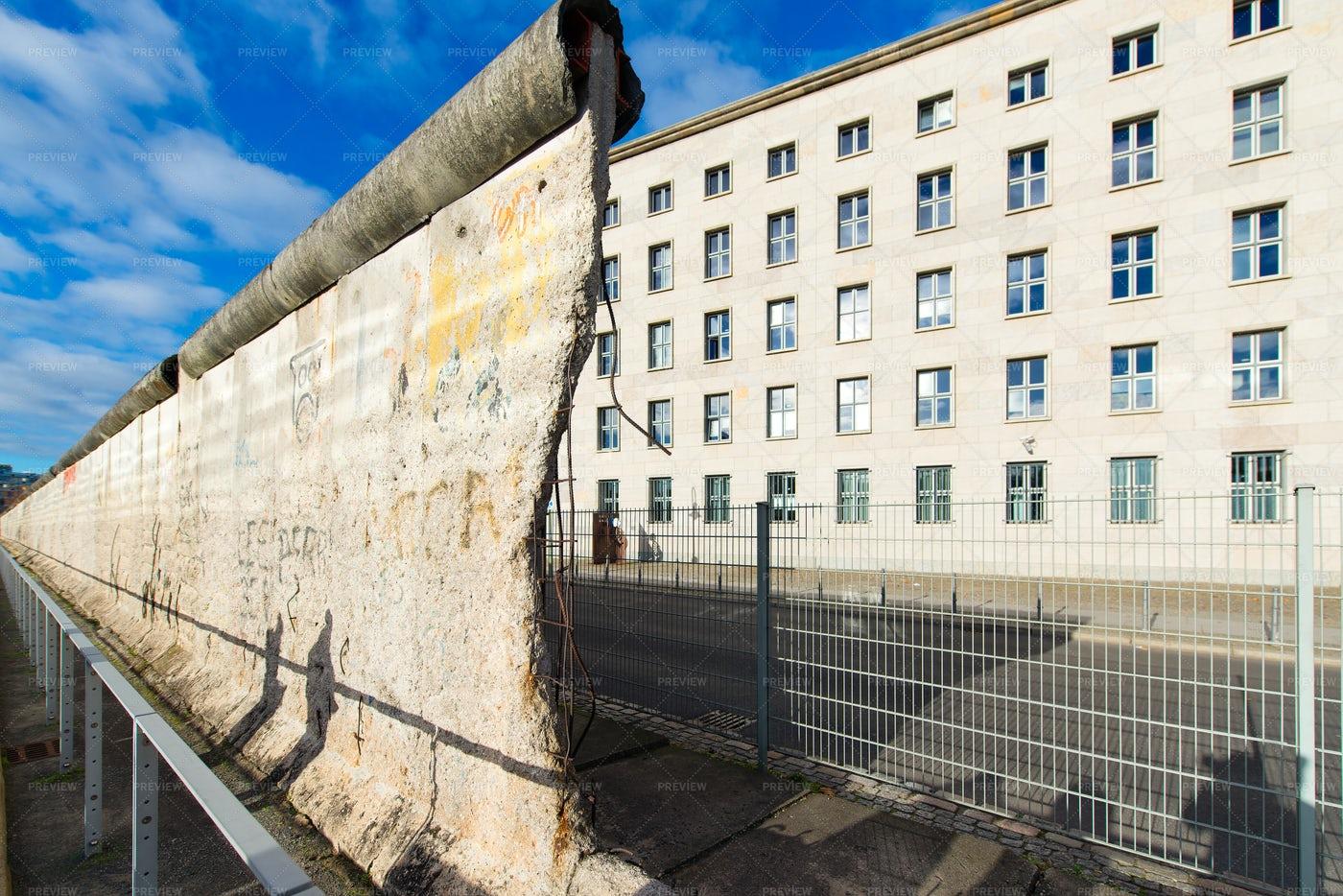 Berlin Wall: Stock Photos
