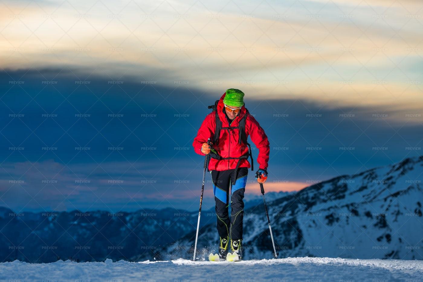 Man Skiing At Sunset: Stock Photos