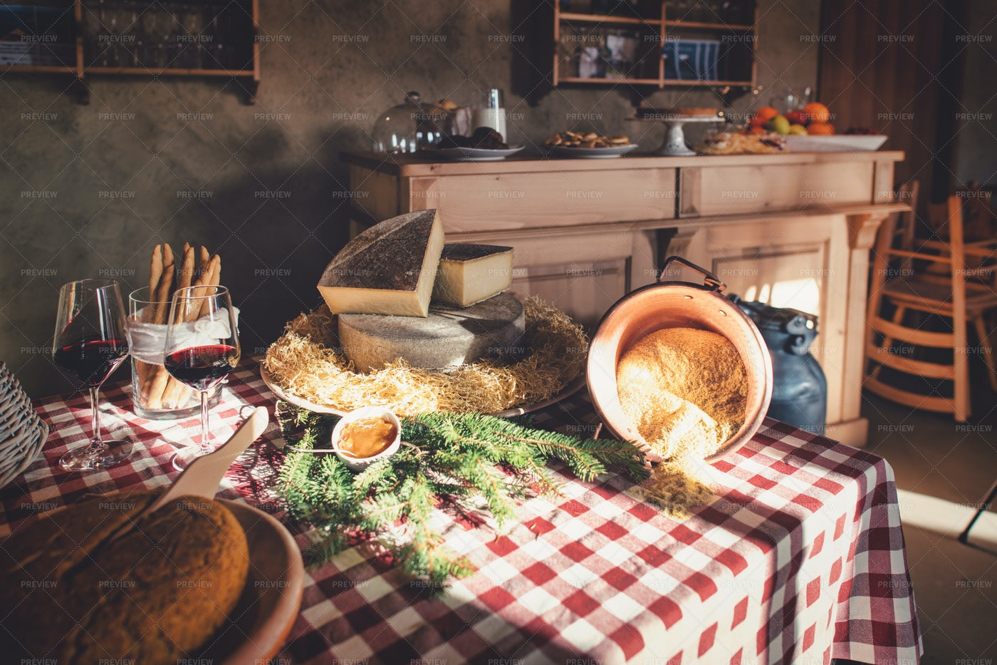 Rural Bed And Breakfast: Stock Photos