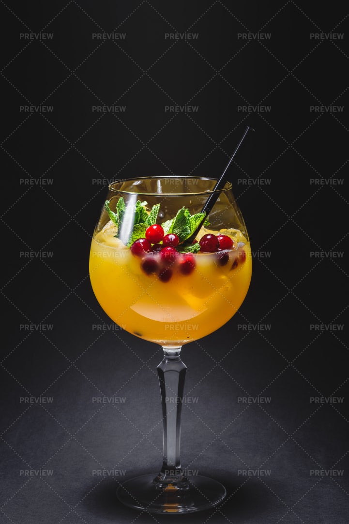 Orange Cocktail: Stock Photos