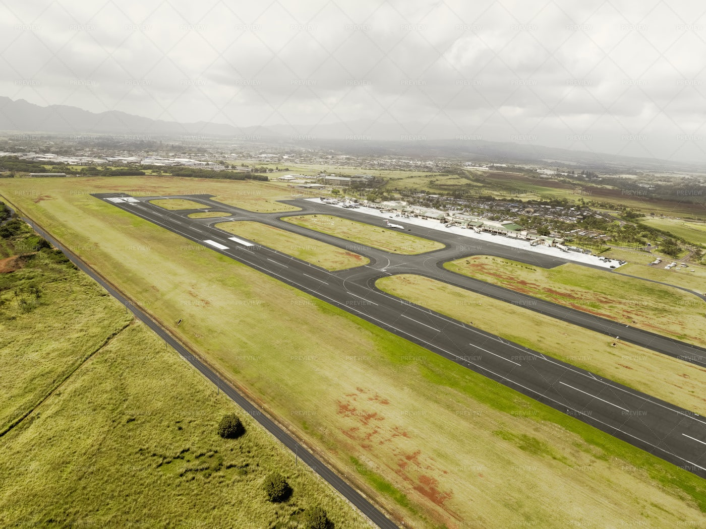 Aerial View Of Hilo Airport: Stock Photos