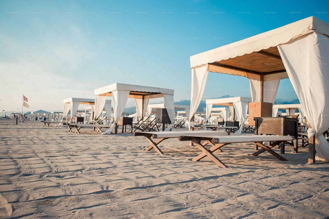 Luxury Sun Beds At The Beach: Stock Photos