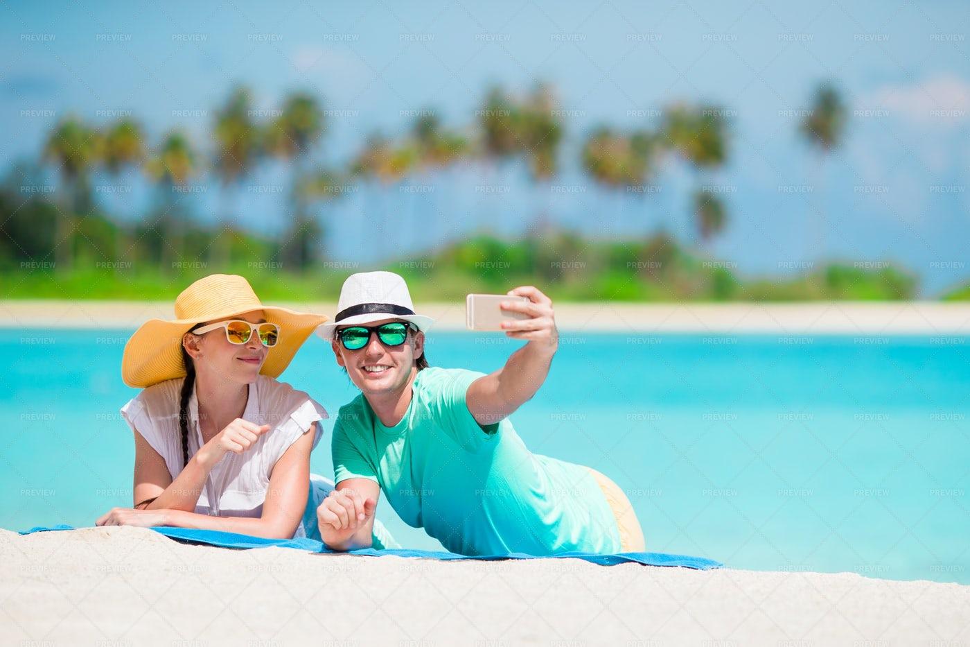 Couple Take Vacation Selfie: Stock Photos