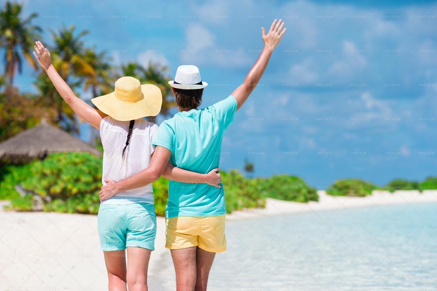 Couple Enjoying Summer: Stock Photos