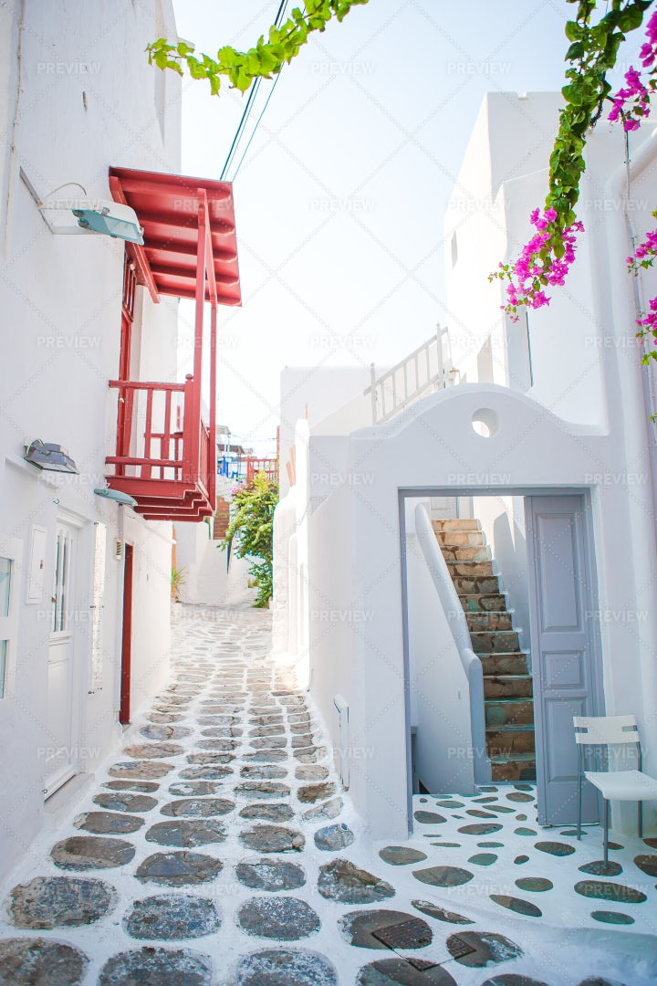 The Narrow Streets Of Mykonos: Stock Photos