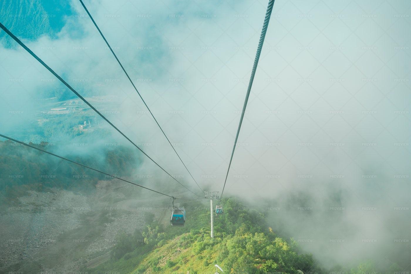 Gondolas In Roza Peak: Stock Photos
