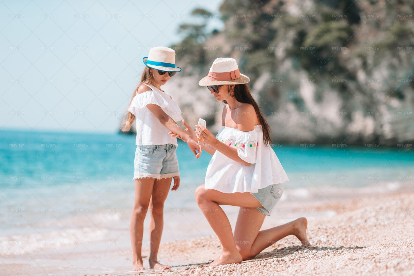 Using Sun Lotion: Stock Photos