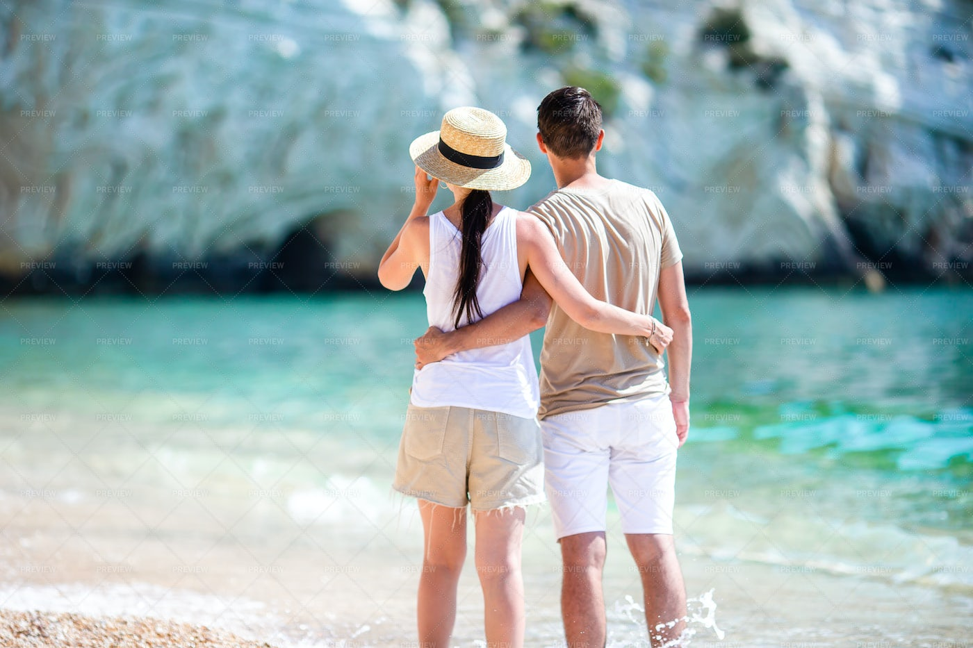 Couple Watching The Cliffs: Stock Photos