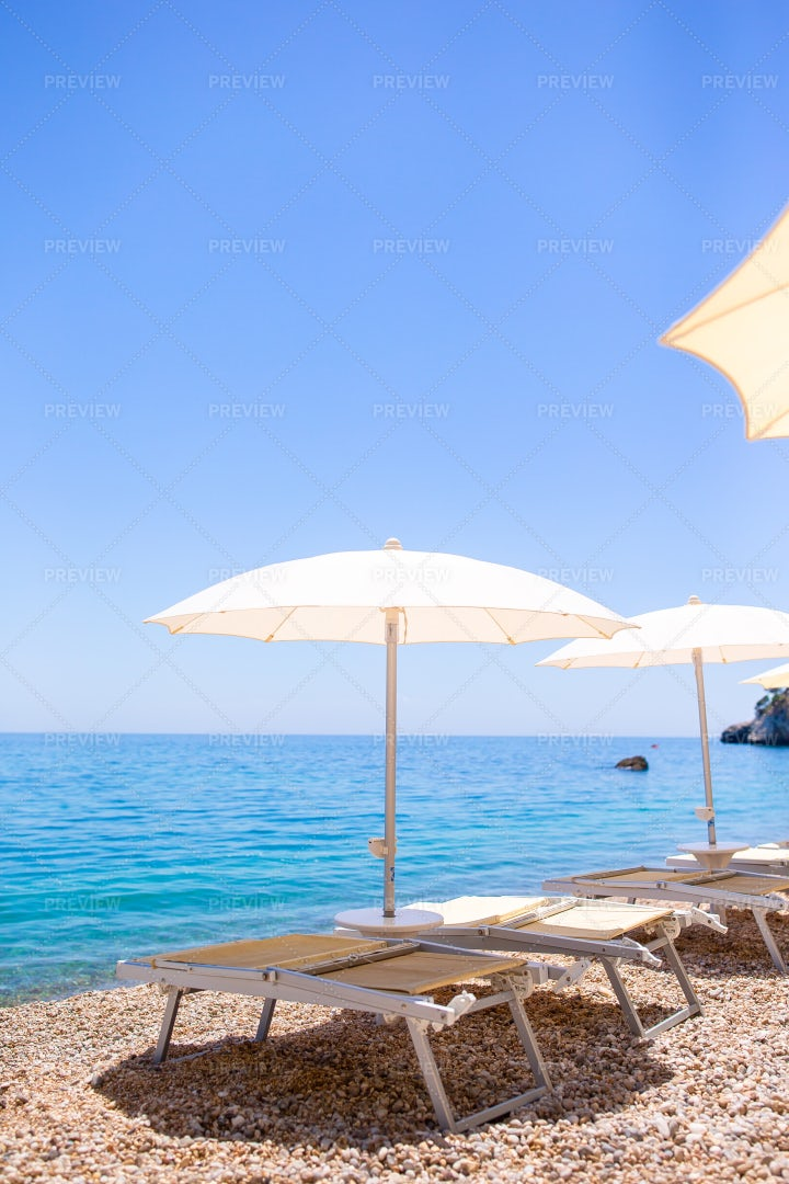 Beach Umbrellas: Stock Photos