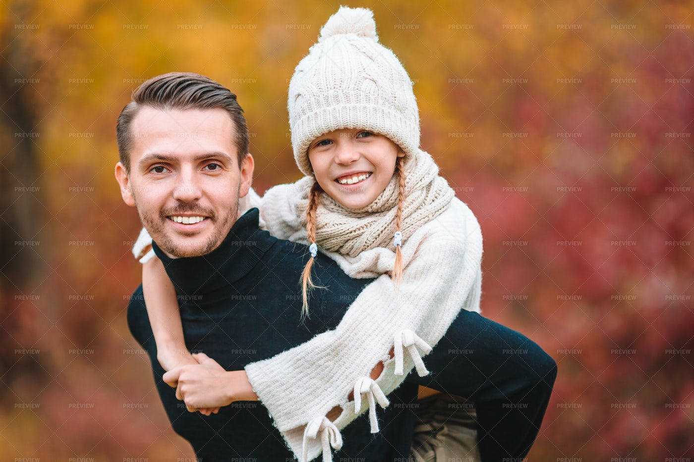 Autumn Portrait Of Dad And Daughter: Stock Photos