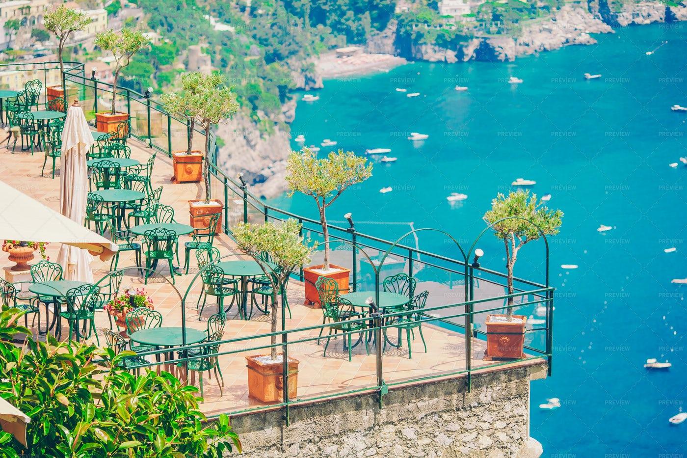 Amalfi Cafe: Stock Photos