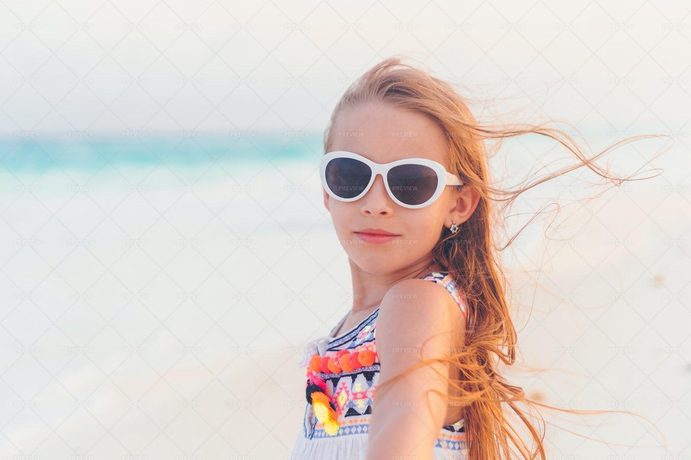 Kid Wearing Sunglasses: Stock Photos