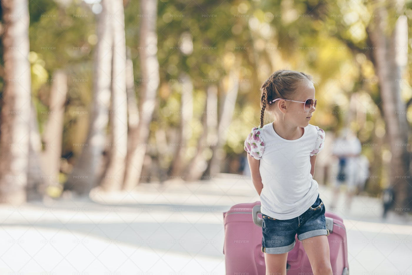 Kid Ready For A Vacation: Stock Photos