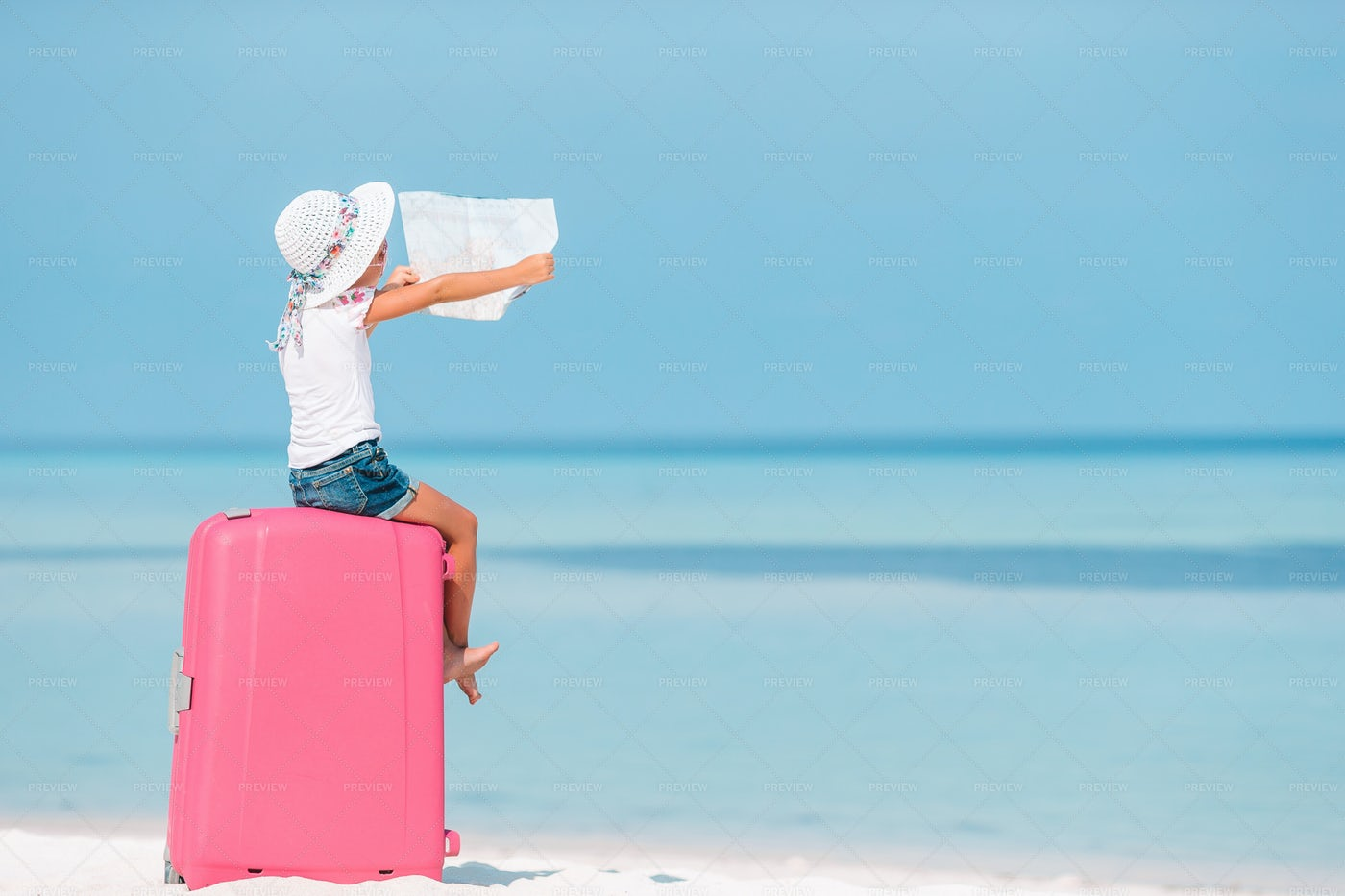 Traveling To The Beach: Stock Photos