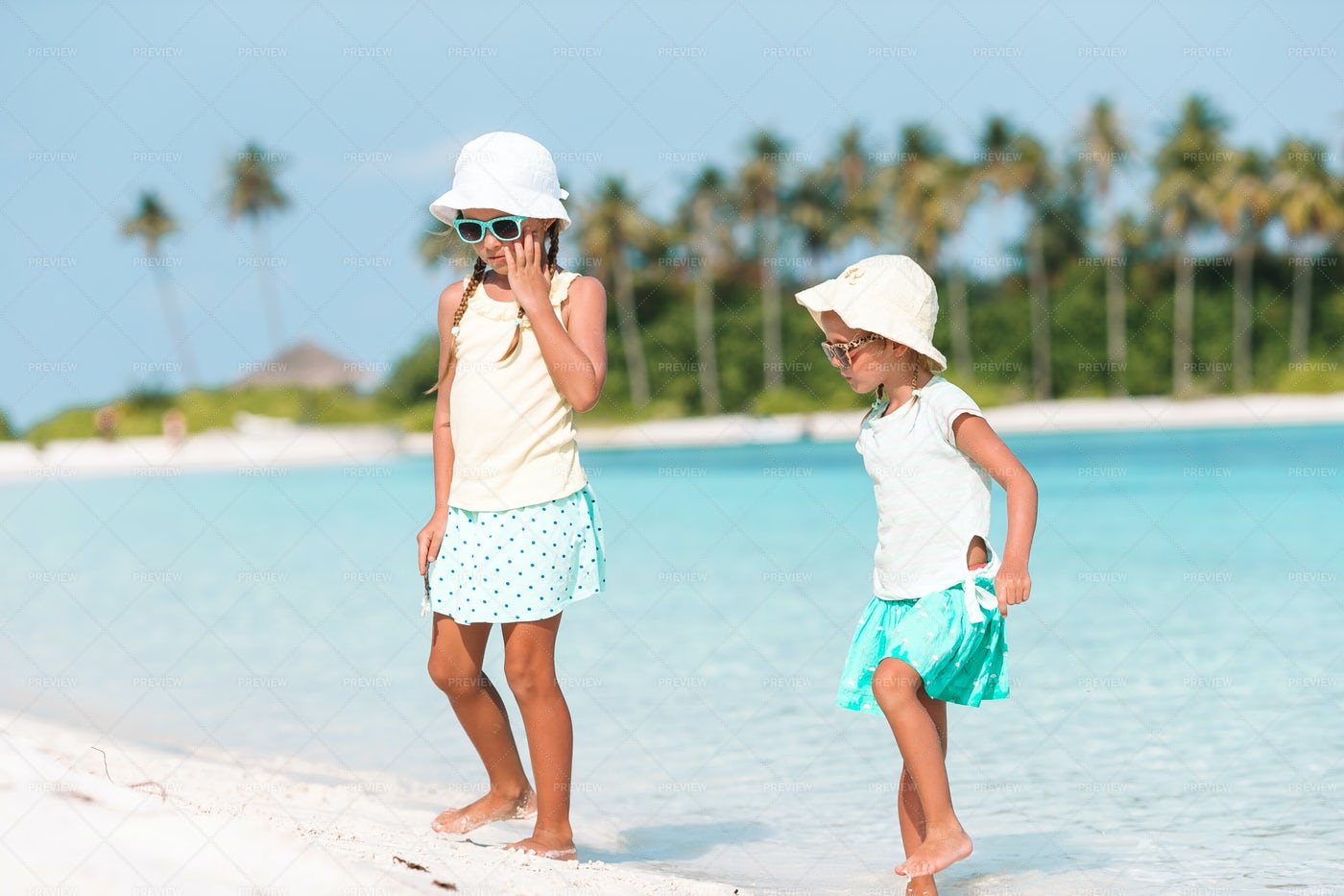 Sisters In The Caribbeans: Stock Photos