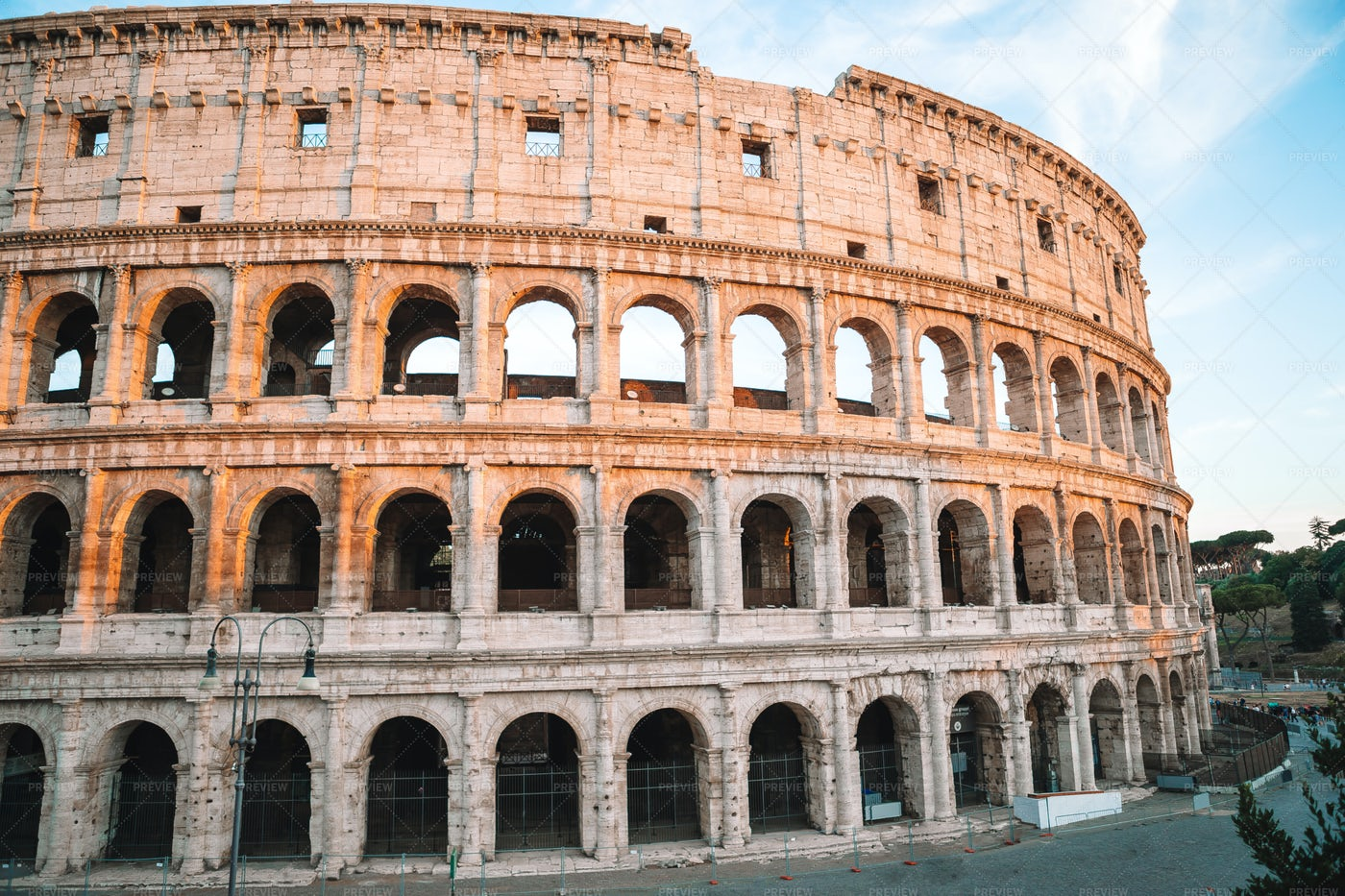 Colosseum Exterior: Stock Photos