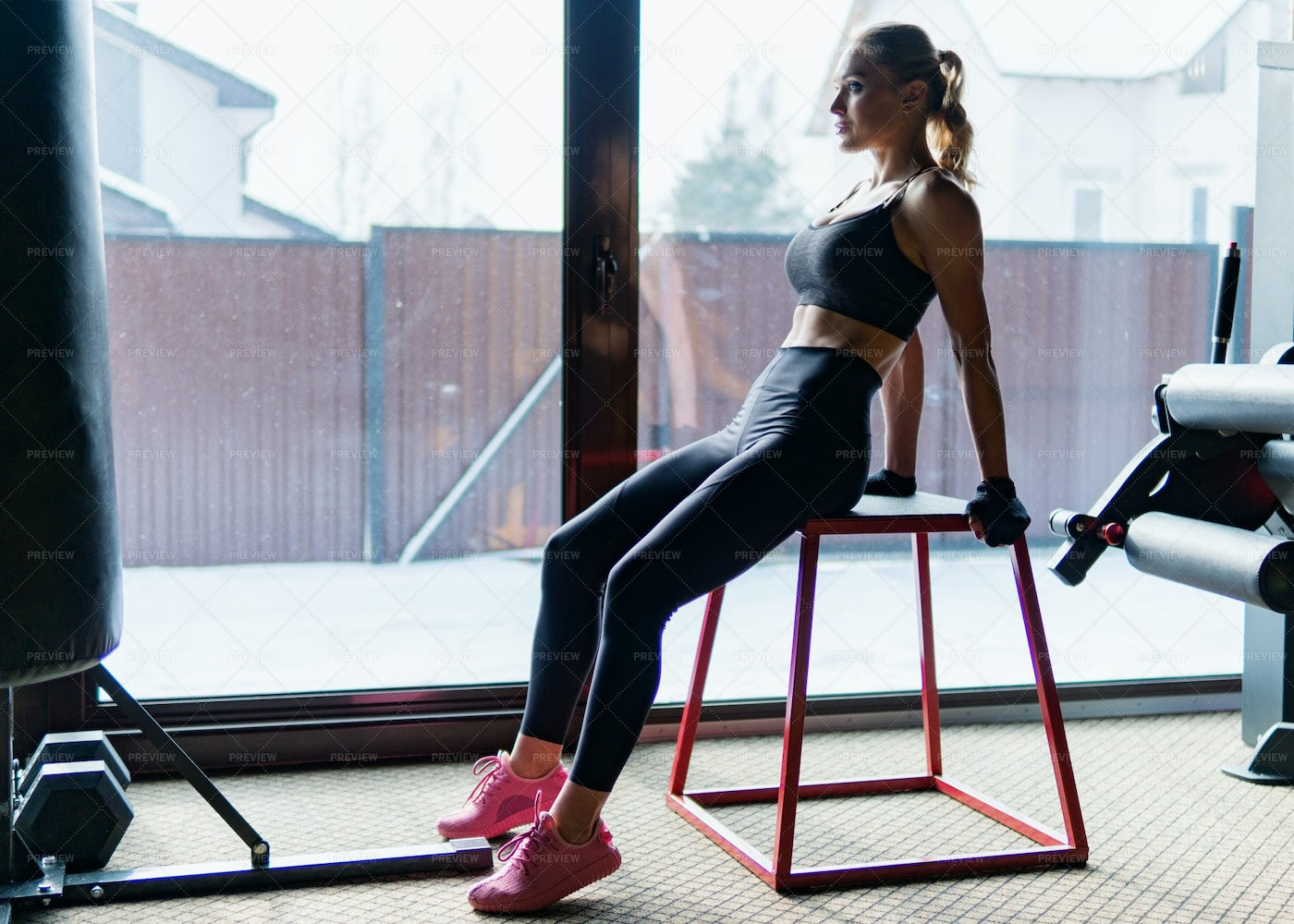Woman Working Out: Stock Photos