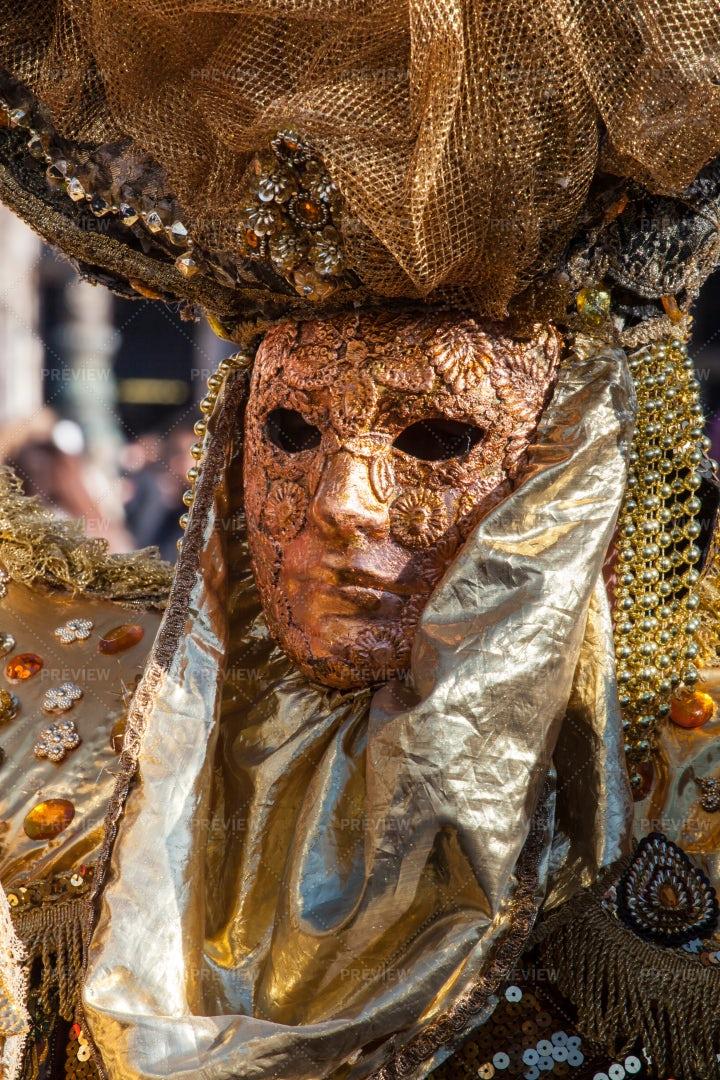 Golden Carnival Mask: Stock Photos
