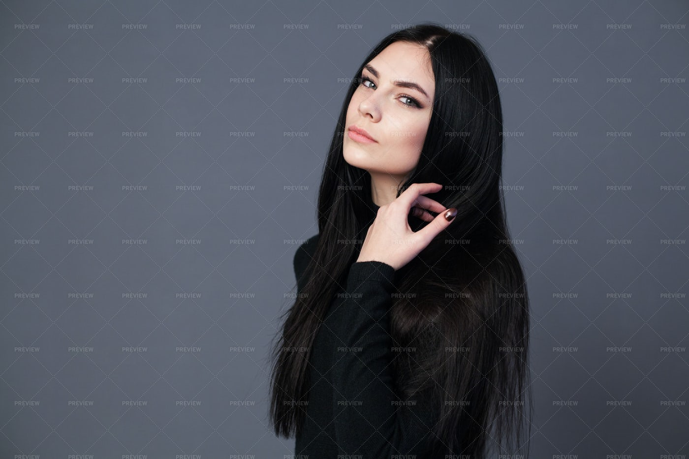 Side Portrait Of Long Hair Woman: Stock Photos