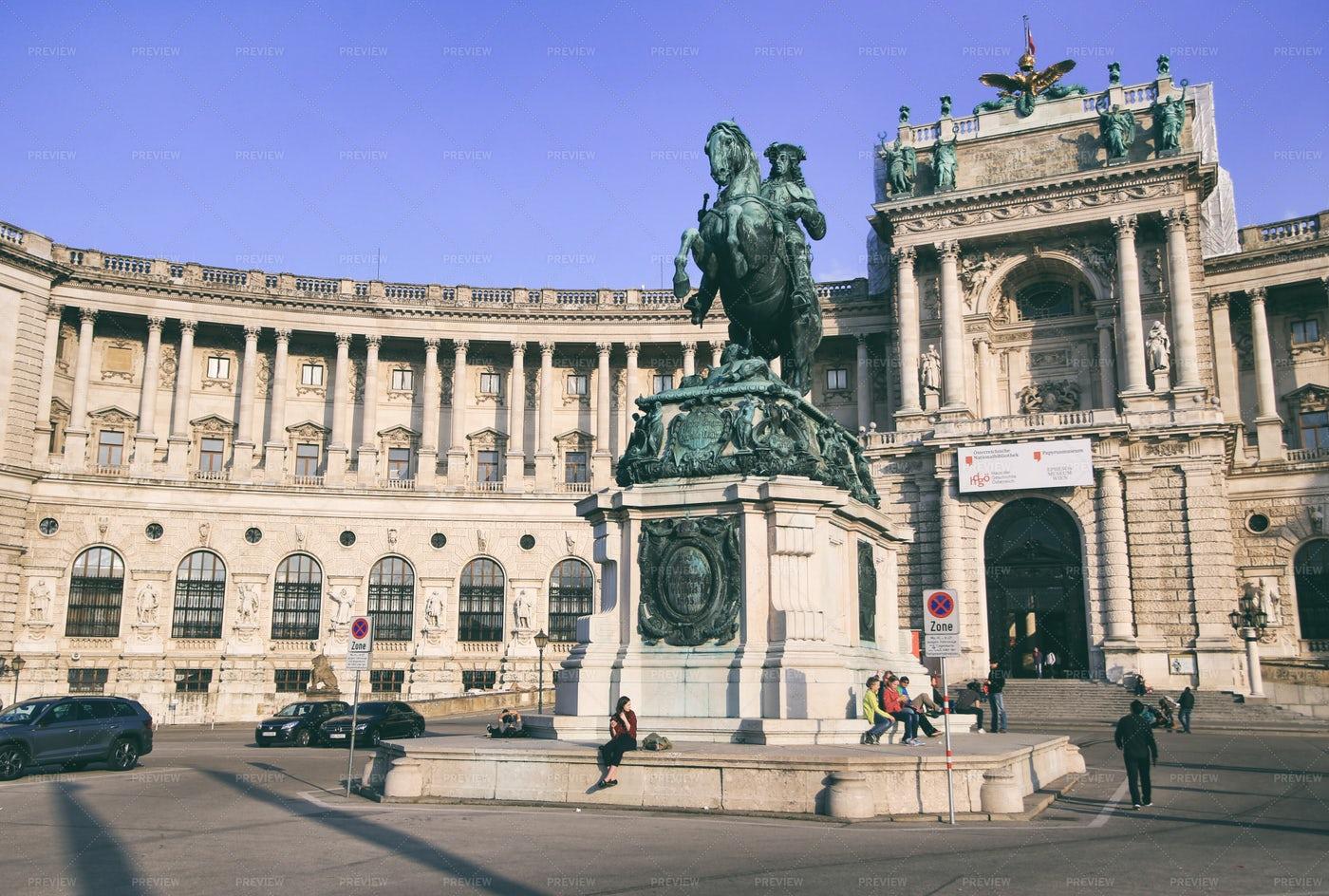 Sculpture In Vienna: Stock Photos