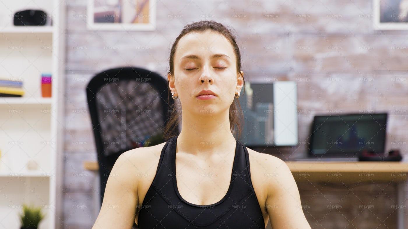 Meditative Yoga: Stock Photos