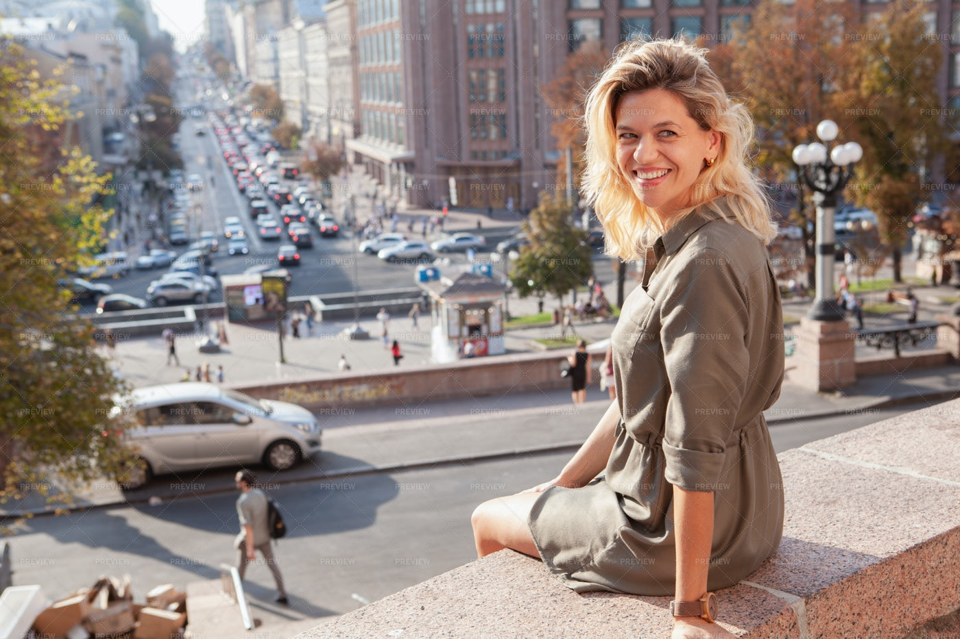 Woman In The City: Stock Photos
