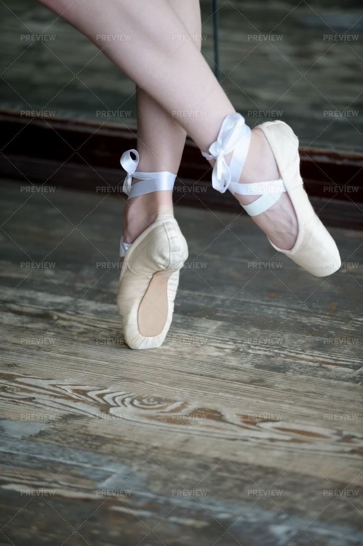 A Ballet Dancer's Feet: Stock Photos