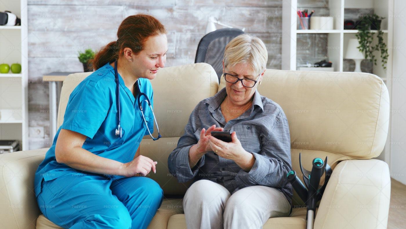 Elderly Patient With Smartphone: Stock Photos