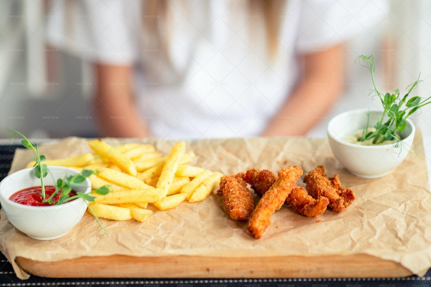Crispy Potato Fries: Stock Photos