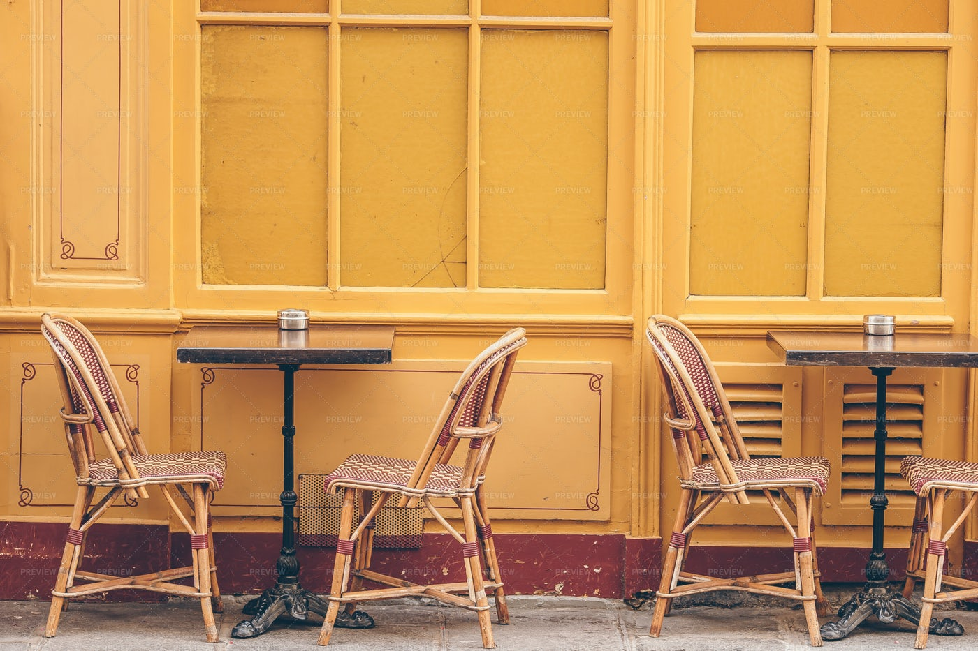 Street Restaurant: Stock Photos