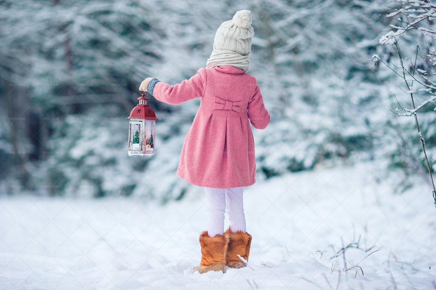 Girl In Winter: Stock Photos