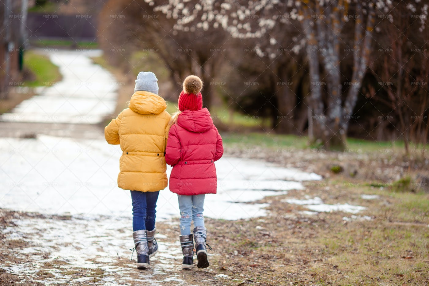 Sisters Walking In Winter: Stock Photos