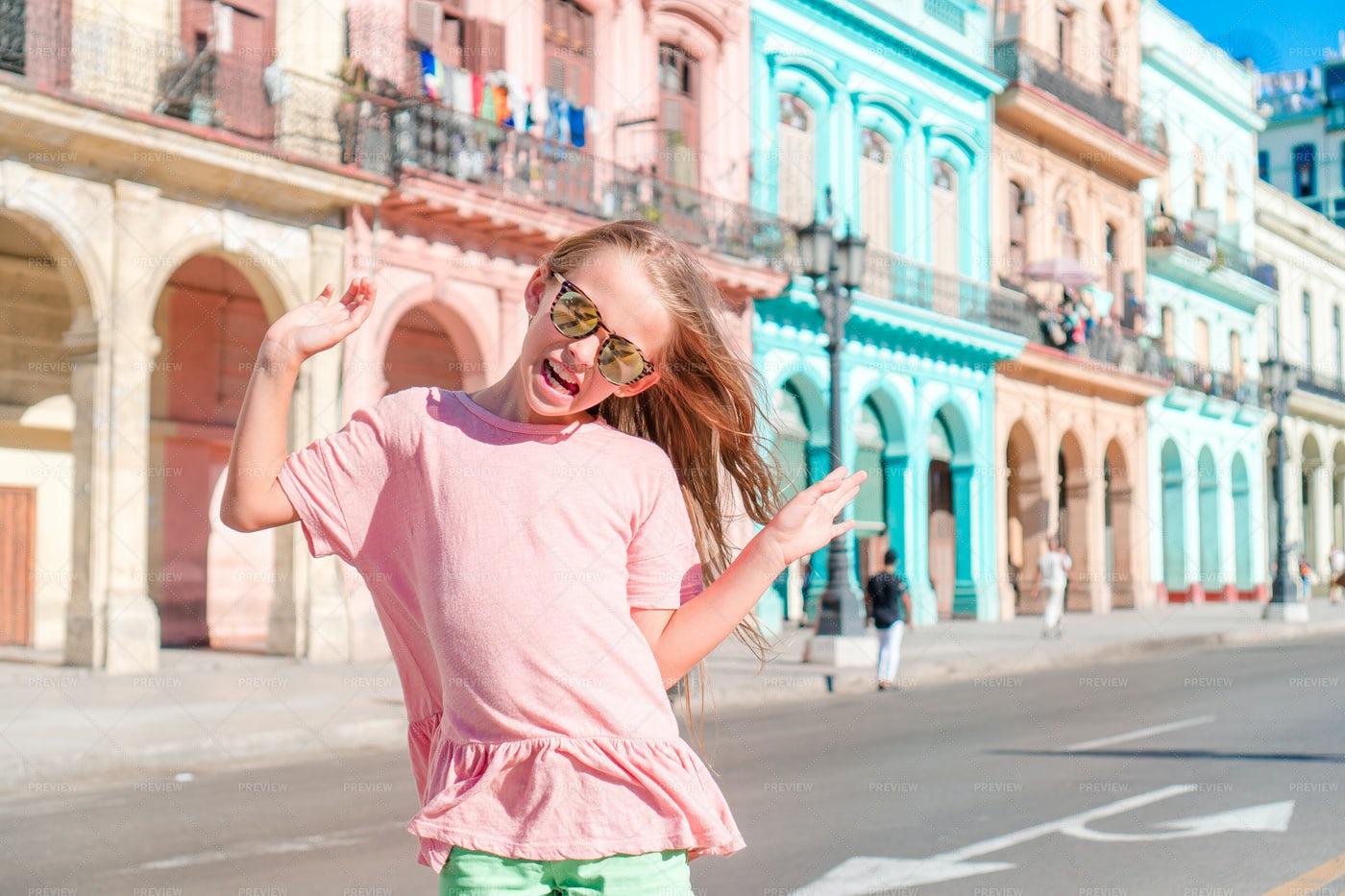 Tourist Girls In Habana, Cuba: Stock Photos