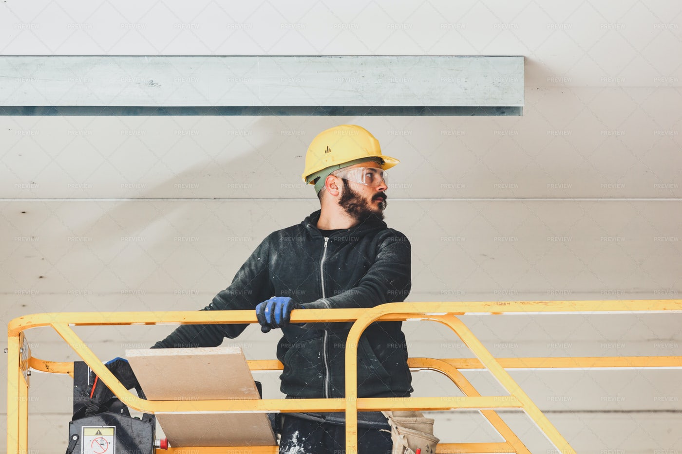 Forming Plasterboard Wall: Stock Photos