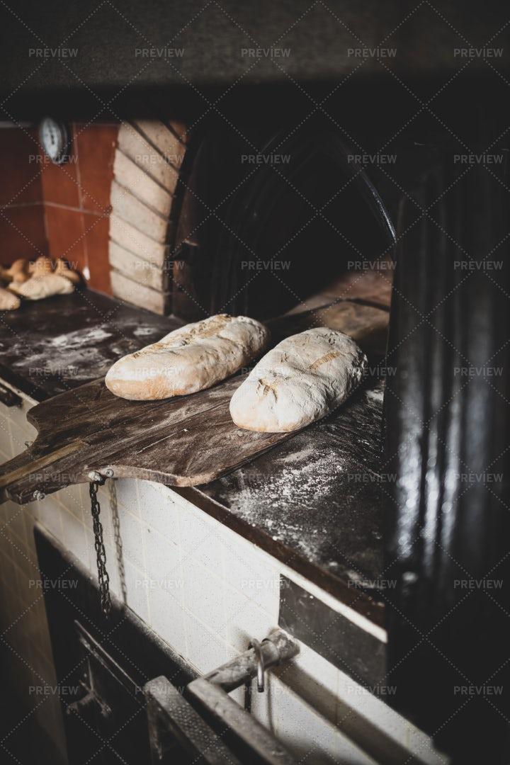 Baking Bread: Stock Photos