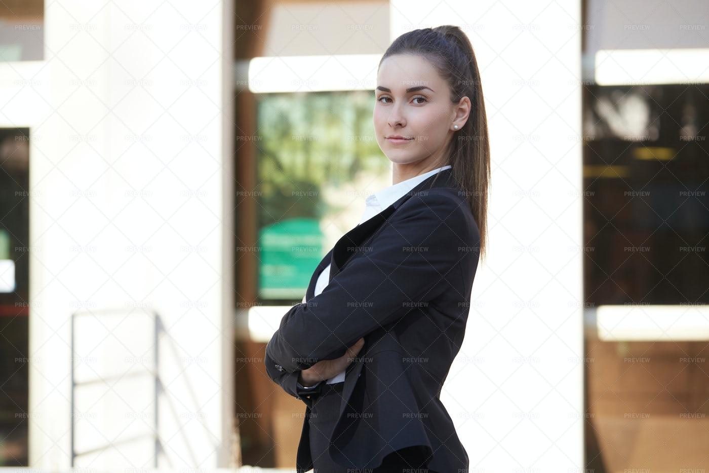 Businesswoman Side On: Stock Photos