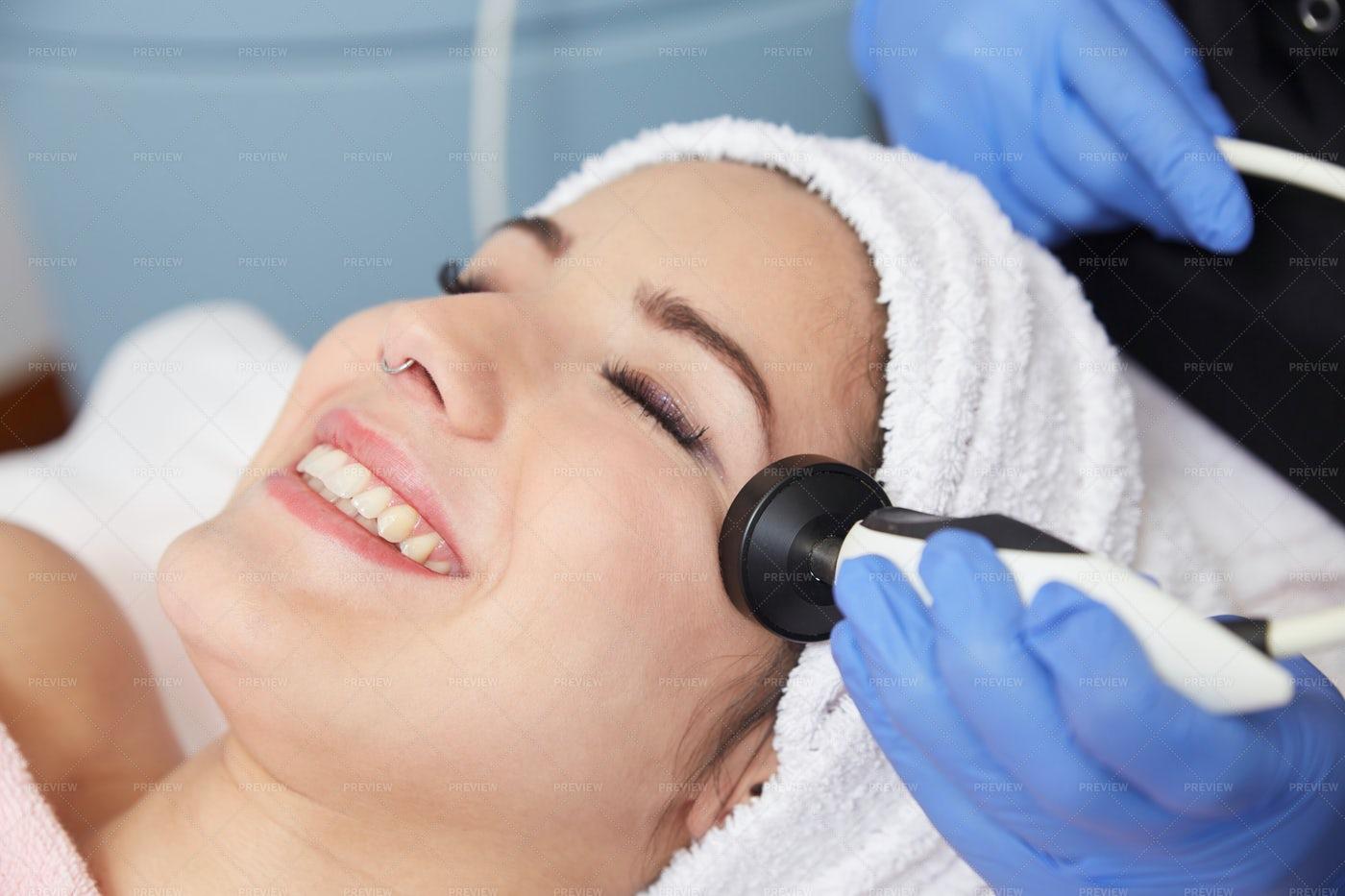 Radio Frequency Beauty Treatment: Stock Photos